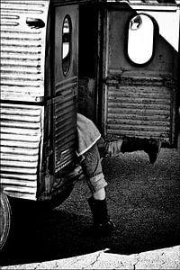 Oldtimer child