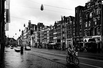 Stadtfotografie Der Damrak Amsterdam von Linsey Aandewiel-Marijnen