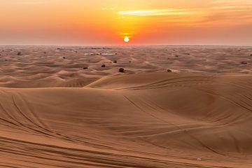 Dubai Desert van Mark den Boer