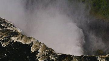 Uitzicht in de afgrond van de Victoria watervallen in Afrika