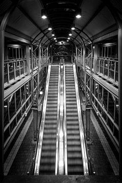 Zwart Wit Station 's-Hertogenbosch von Jeffrey Van Zandbeek