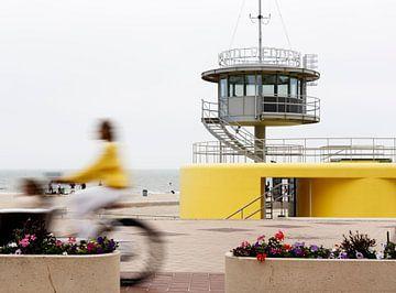 Cycliste jaune sur Frédéric Goetinck-Moret