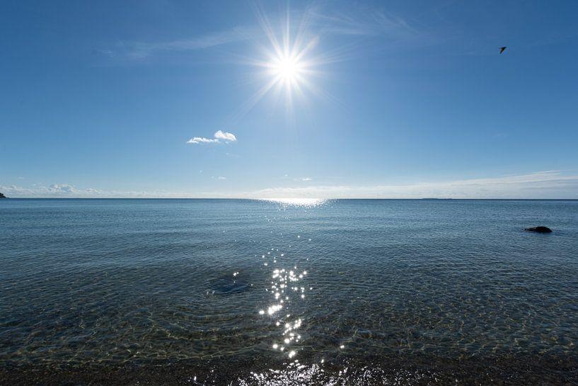 Sonnenstrahlen, Naturstrand Lobbe, Halbinsel Mönchgut auf Rügen von GH Foto & Artdesign