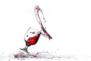 Walsende wijn van