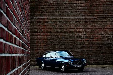 Klassischer Volvo 164 von Niek Van Helden