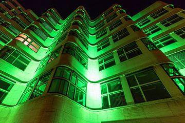 Grün beleuchtete Fassade von Frank Herrmann