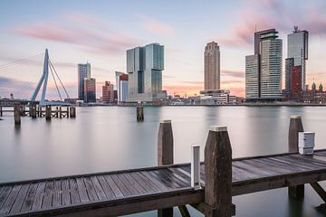 Zonsondergang in Rotterdam van Ilya Korzelius