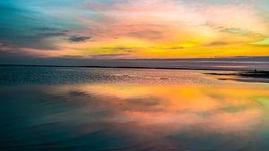 Wolkenlandschap boven de Waddenzee aan de Noordzee van Animaflora PicsStock