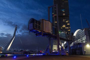 Cruise terminal Wilhelminapier Rotterdam van Peter Hooijmeijer