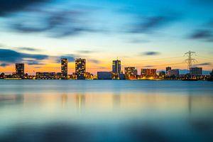 Avondfoto skyline Almere - 2 van