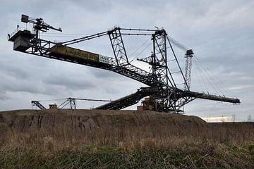 Brown Coal Excavator van