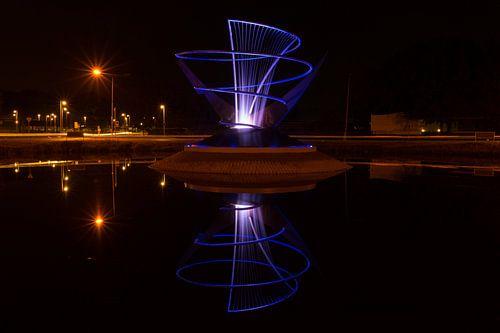 Verlichte fontein in Veendam van