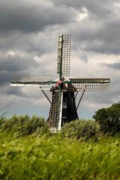 Prachtige houten molen. van Anjo ten Kate
