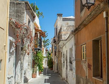 Straatje in Rethymnon (Kreta) van Melvin Fotografie
