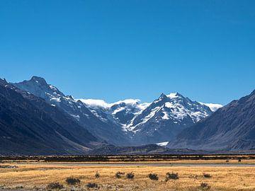 Een niet te missen uitzicht op Mount Cook in Nieuw-Zeeland van Rik Pijnenburg