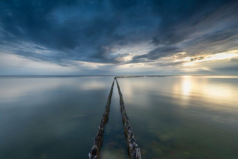 A calm evening at the water von Edwin Mooijaart