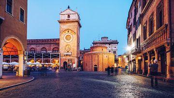 Mantua - Piazza delle Erbe von Alexander Voss