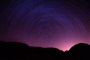 Sternenhimmel im Dana-Nationalpark, Jordanien von Laura Vink