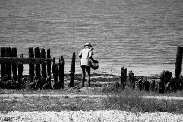 Meisje aan de Waddenzee van Susan Vrieze