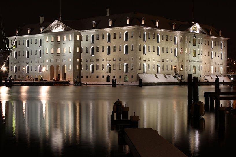 Musée maritime d'Amsterdam la nuit sur Paul Franke