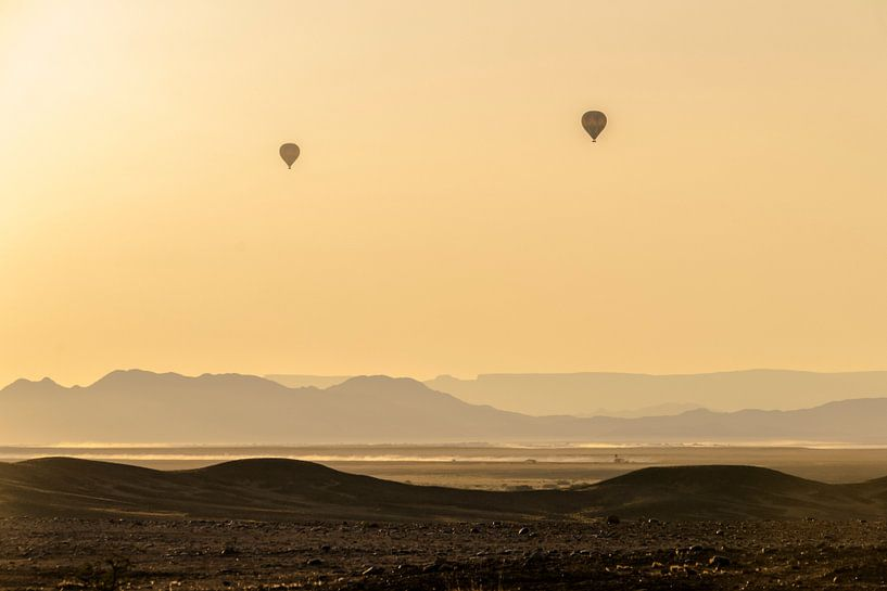 Ballonvlucht over Dune 45 van Sander RB