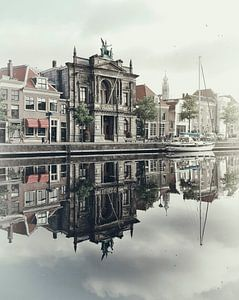 Haarlem: Teylers Museum in de ochtend.