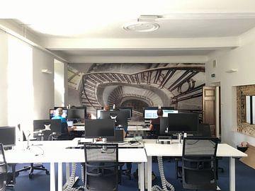 Kundenfoto: Der Weg nach unten - Treppenhaus von Roman Robroek