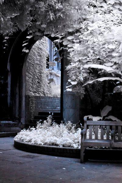 St Dunstans In The East - Winter von Helga Novelli