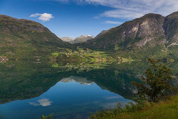 Reflecties aan het water, Noorwegen