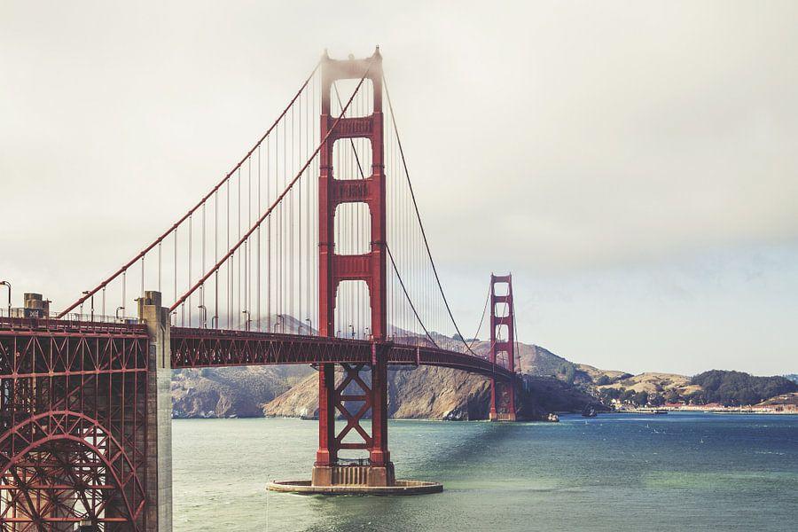 Golden Gate Bridge, San Francisco, Californië, USA van Roger VDB