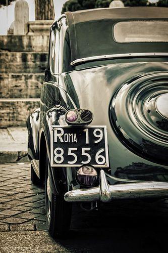 Roma: FIAT classic at il Vittoriano van