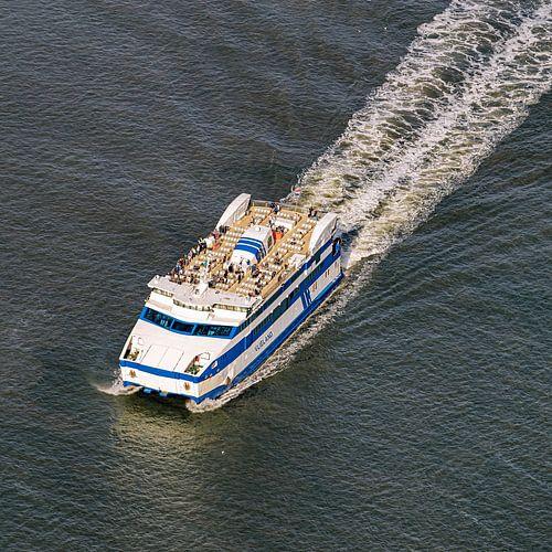 Drieluik 1/3 - Aankomst boot Vlieland