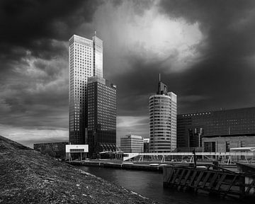 Maastoren en gerechtsgebouw Rotterdam van Henno Drop
