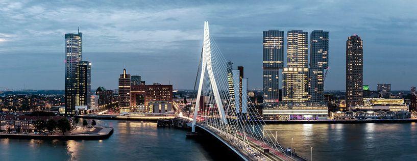 Wilhelminapier Erasmusbrug Rotterdam van Midi010 Fotografie