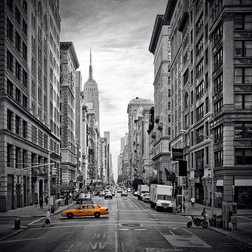 NEW YORK CITY 5th Avenue