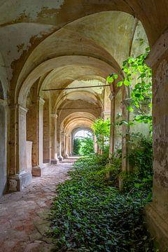 Verlaten Convent van Frans Nijland