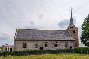 Dorfkirche im niederländischen Dorf Heesbeen von Ruud Morijn