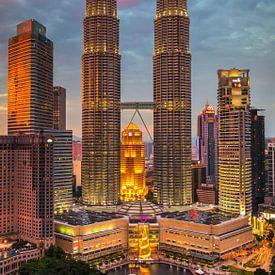 Petronas-Zwillingstürme, Kuala Lumpur, Malaysia von Adelheid Smitt