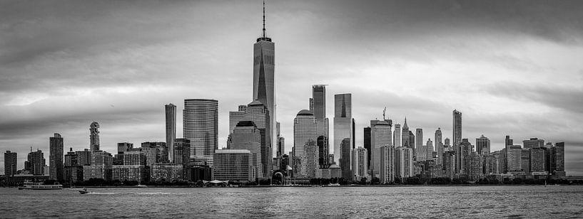Manhattan, New York Skyline van Freek van Oord