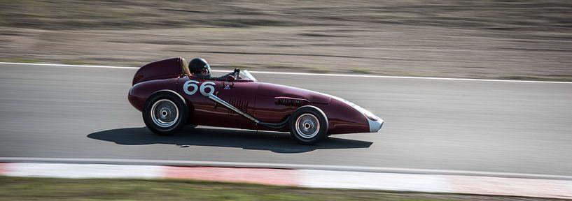 Taraschi Fj uit 1959 met nummer 66 van Arjen Schippers