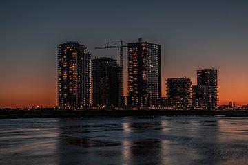 spijkenisse hongerlandse dijk terras aan de maas zuid holland zonsondergang van Marco van de Meeberg