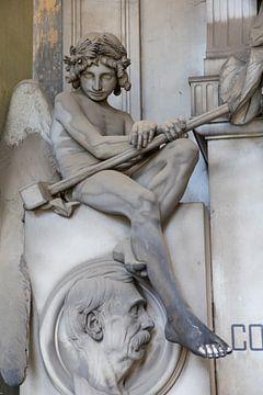 Engel met hamer van Joost Adriaanse