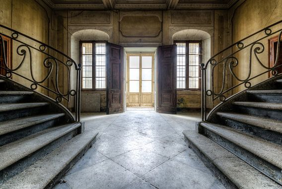 Doppelseitige Treppe