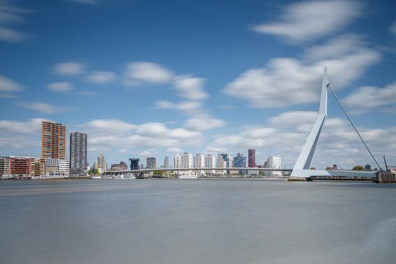 Erasmusbrug Rotterdam van Menno Schaefer