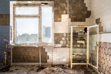 Ziekenhuis in Pripyat - Chernobyl. van Roman Robroek