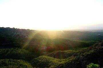 Zonsondergang op de berg van mandy vd Weerd