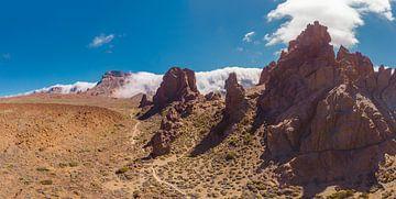 Roques de García, El Teide, wolken kruipen over de kraterrand, La Orotava, Santa Cruz de Tenerife, T van Rene van der Meer
