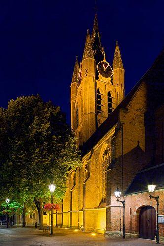 Nachtfoto Oude Kerk Delft van