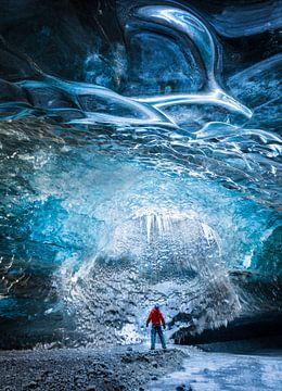 Puits de lumière dans la glace sur Denis Feiner