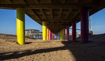 De Pier vanaf de onderkant... van Bert - Photostreamkatwijk